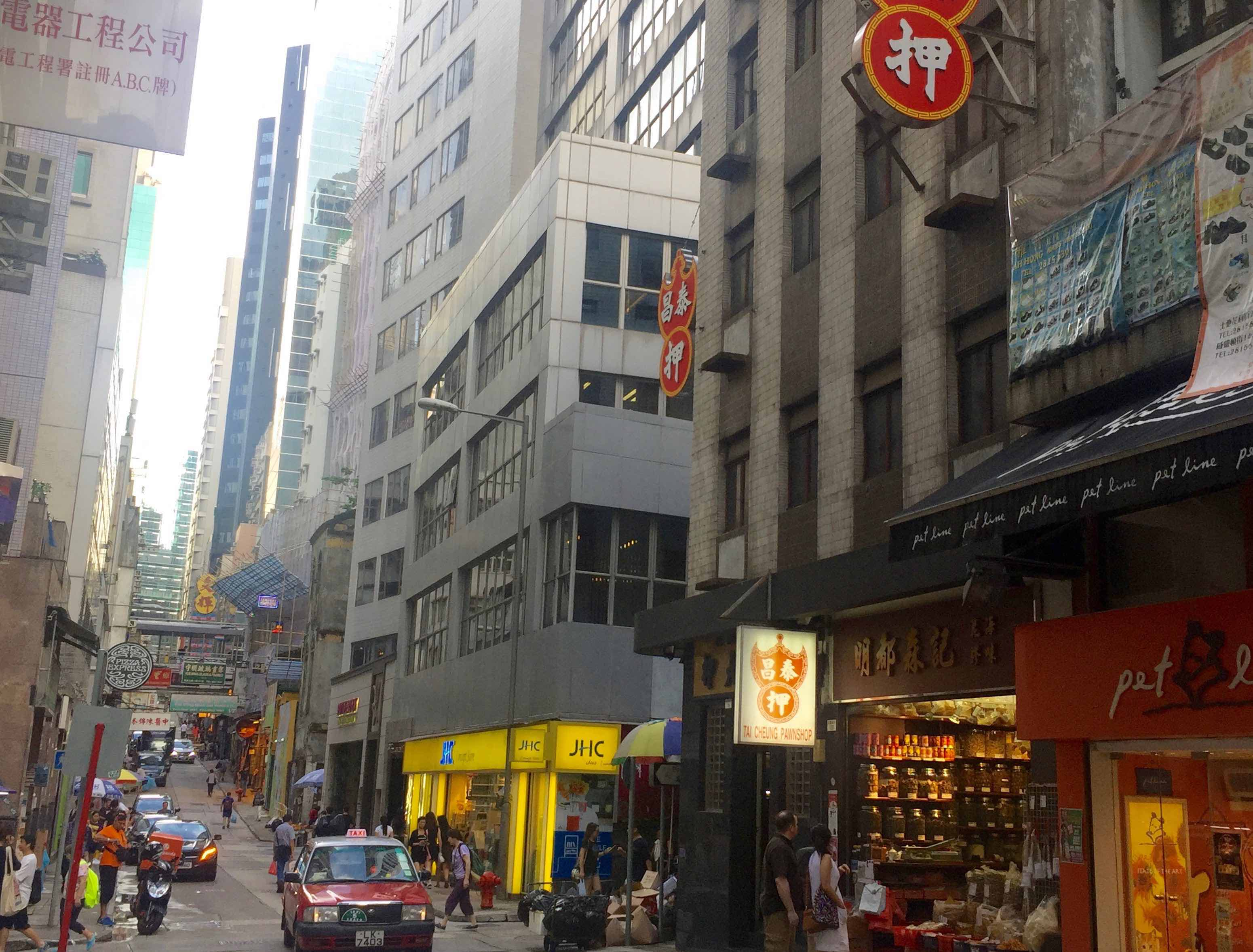 HK Central fitted cafe with restaurant licence for lease
