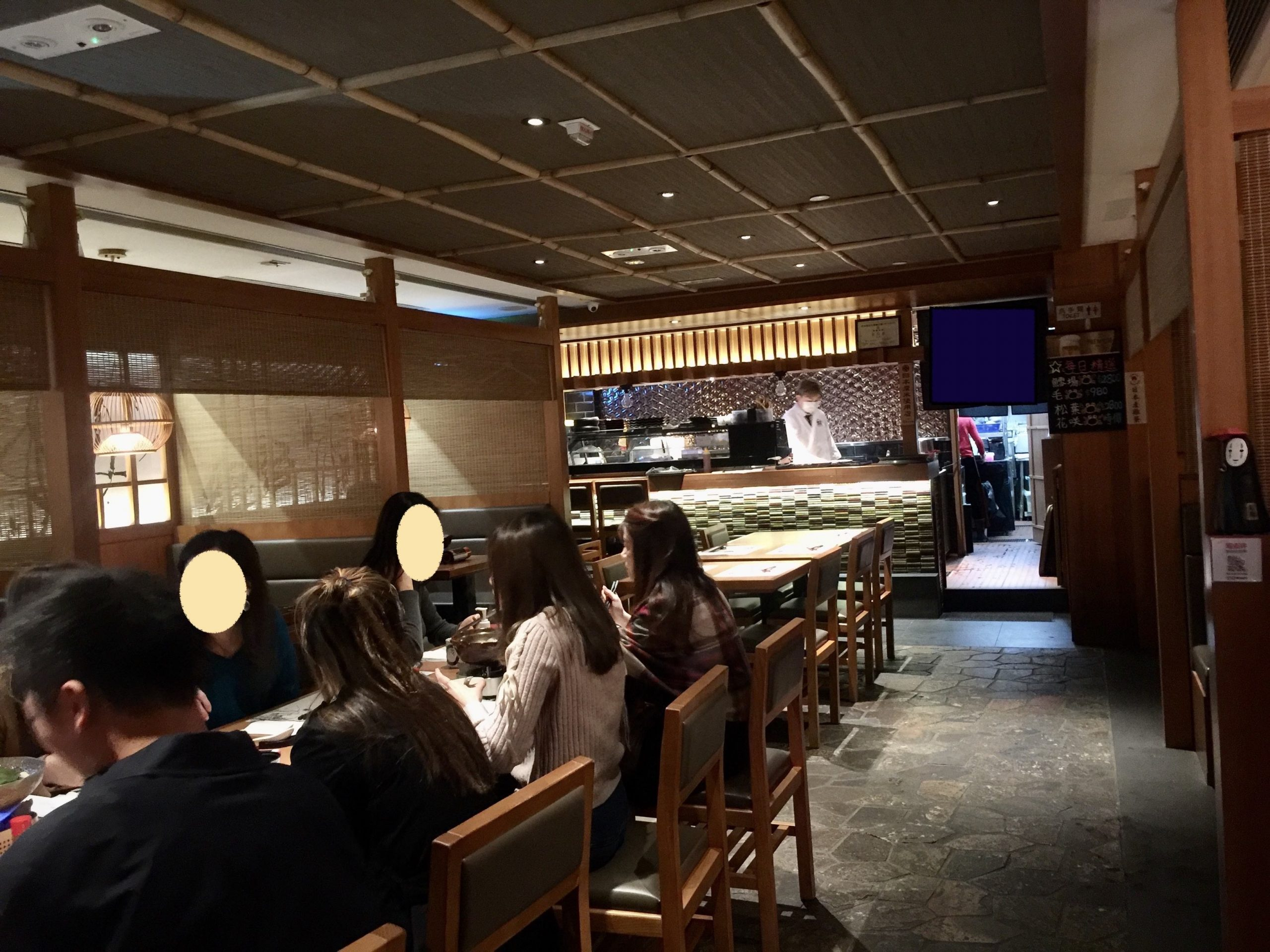 Causeway Bay Fitted Restaurant for Lease in Hong Kong