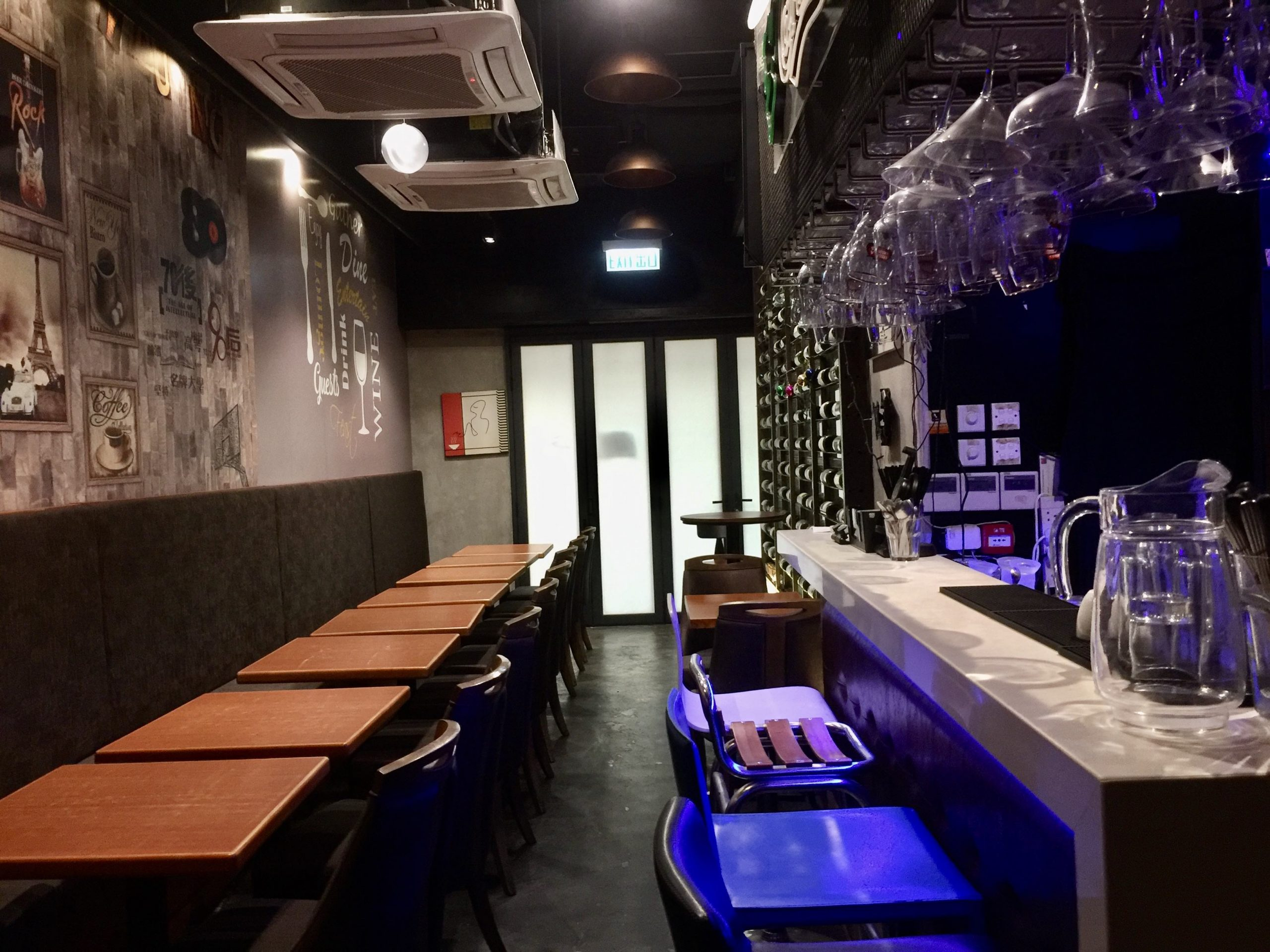 Fitted Bar with open space for lease in Sheung Wan HK