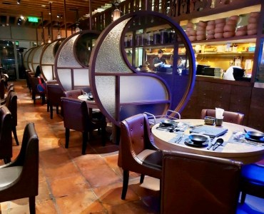 Fitted Restaurant with Balcony for Lease in Causeway Bay HK