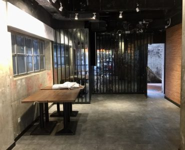 FB Shop nearby Times Square for Rent in Causeway Bay HK