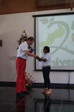 Norbert Feith (Alcalde de Solingen) entrega de reconocimientos a Leonor Rodríguez