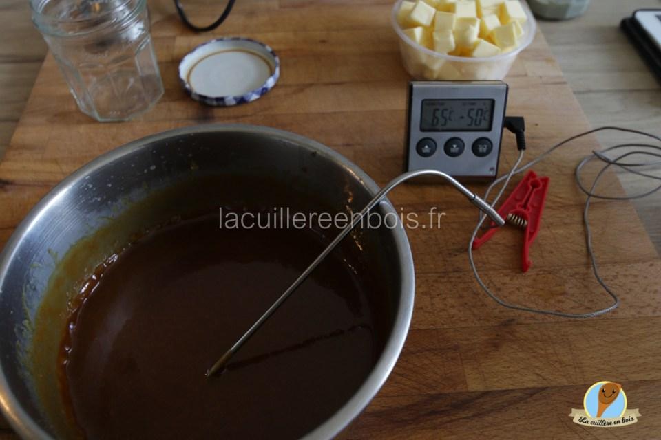 lacuillereenbois.fr_caramel_au_beurre_salé_oncteux_délicicieux