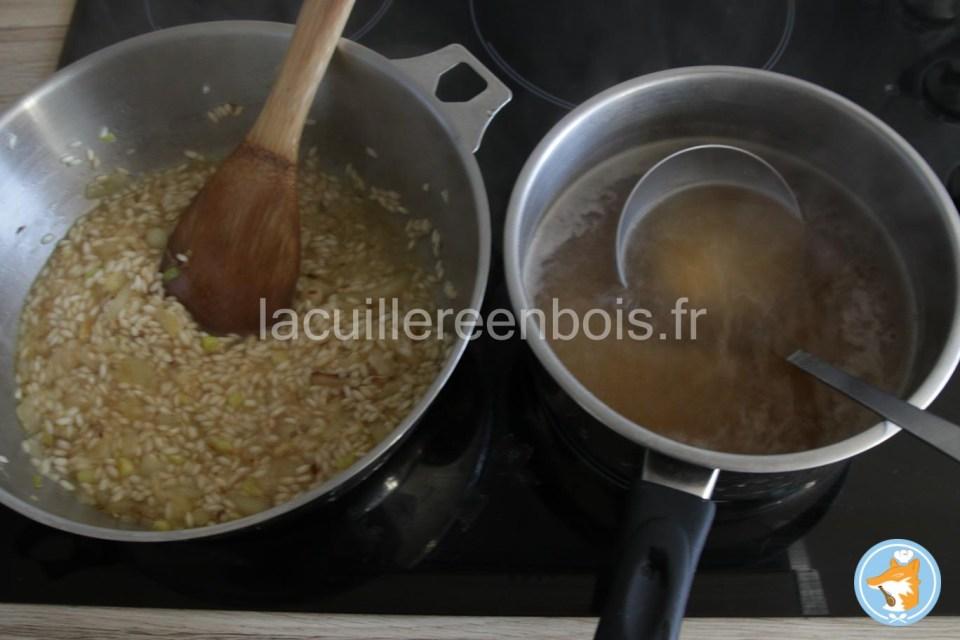 toujours avoir une belle casserole de bouillon en mêem temps que le riz