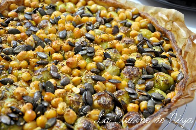 La Cuisine de Niya - Tarte aux choux de Bruxelles et pois chiches - vegan - bio
