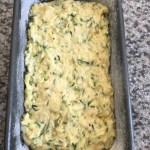 Zucchini Bread - Cake à la courgette - La cuisine de Steve