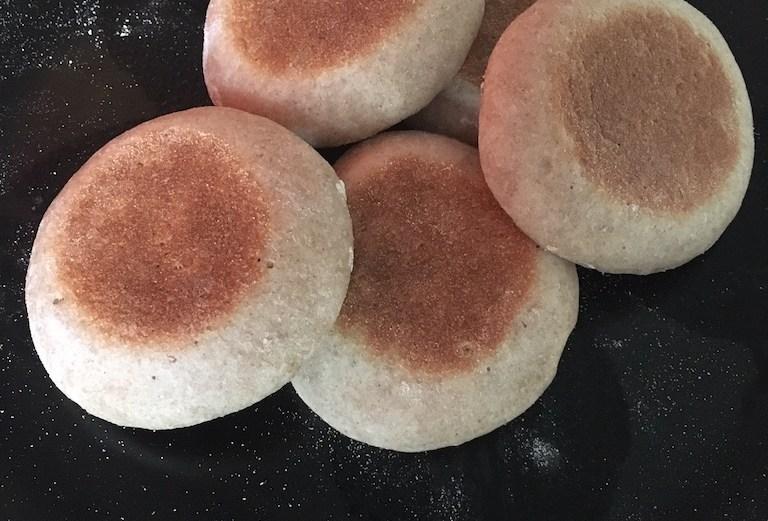 Muffins anglais - English Muffins - La Cuisine de Steve