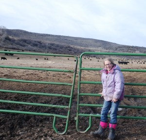Siobhan closing the gate