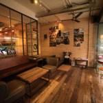 """""""樂樂咖 caffes 大街店""""咖啡館,在那裡你可以享受品質、 專業的咖啡和自製蛋糕"""