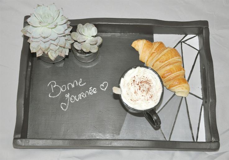plateau repas personnalisé,petit déjeuner amoureux