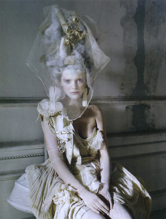 maris antoinette-tim-walker