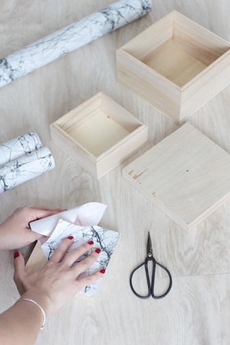 pose scotch DIY boite marbre