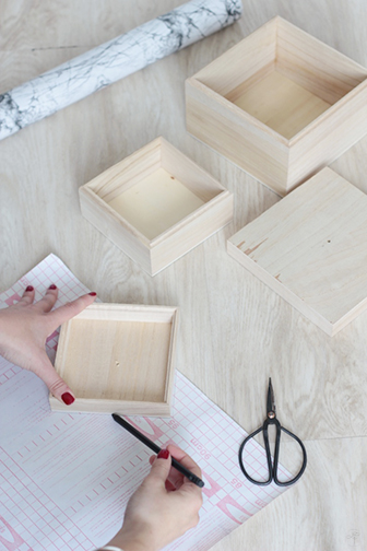mesure stickers DIY boite marbre