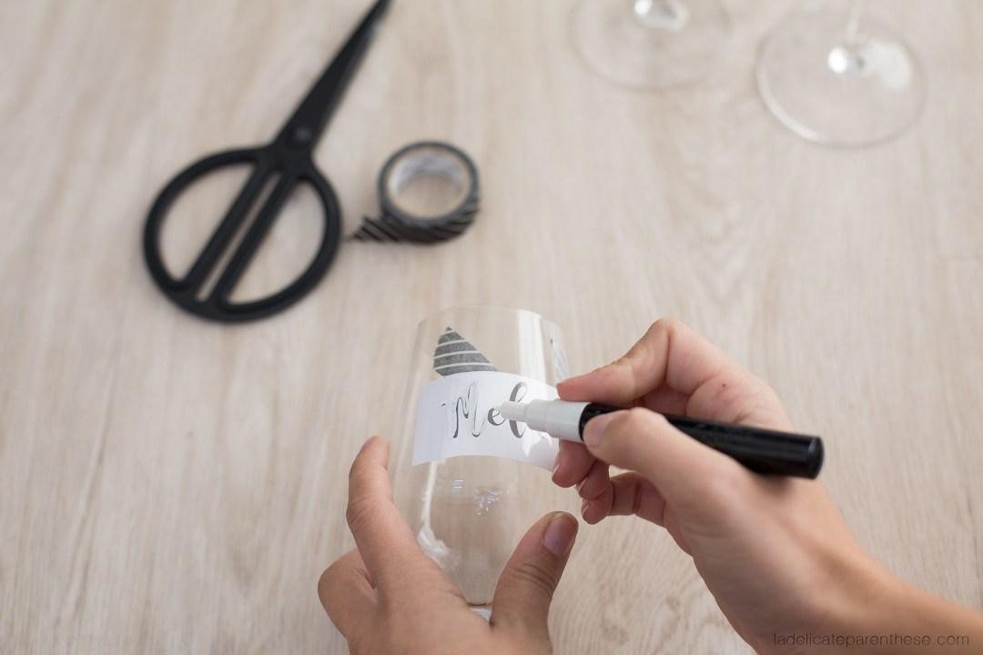 verre marque place customisation pour noel DIY blog déco