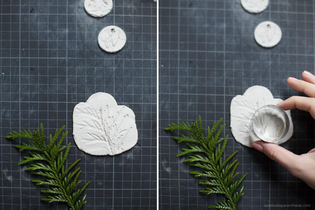étape de création de la médaille en céramique pour la fiole fleurie pour atelier love ETC