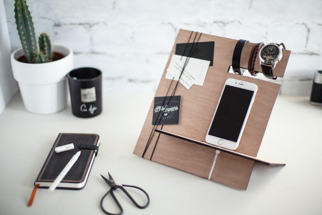 diy un range bijoux en bois pour monsieur la d licate parenth se diy d co et inspiration. Black Bedroom Furniture Sets. Home Design Ideas