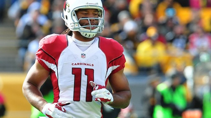 NFL Arizona Cardinals wide receiver Larry Fitzgerald running on the football field