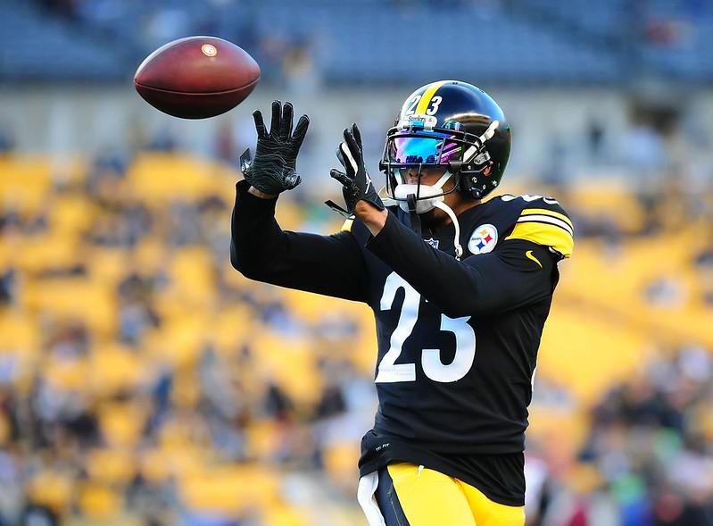 NFL Pittsburgh Steelers cornerback Joe Haden catching a pass