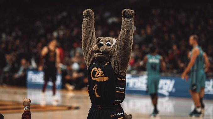 NBA Cleveland Cavaliers mascot Moon Dog.
