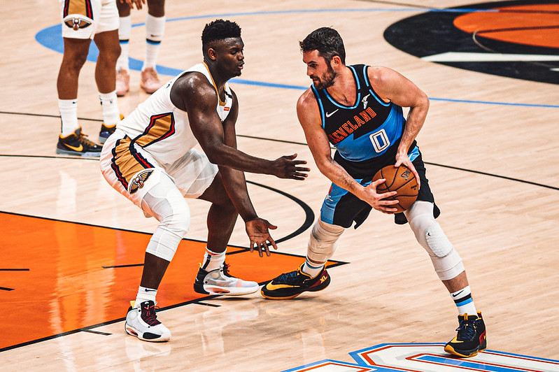NBA Cleveland Cavaliers power forward Kevin Love playing against New Orleans Pelicans power forward Zion Williamson.