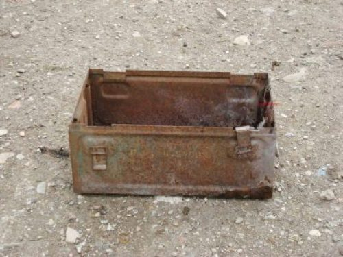 Montecchio di Vallefoglia - scatola munizioni II guerra mondiale