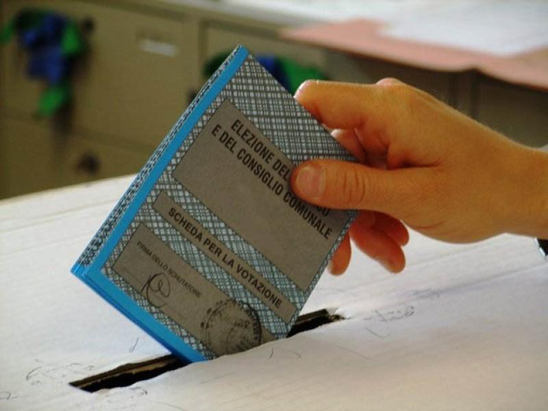 Decreto legge Elezioni, fuga in avanti Regioni: si voti a luglio