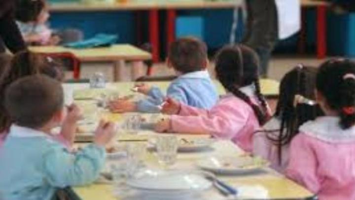 Aumento delle tariffe per la mensa scolastica? No, stavolta la proroga dell'appalto è provvidenziale