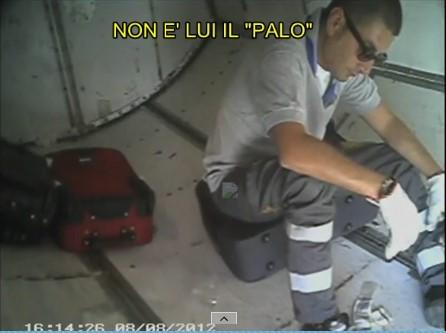 Non era lui il ladro che frugava nei bagagli all'aeroporto di Palese: assolto il biscegliese Montarone