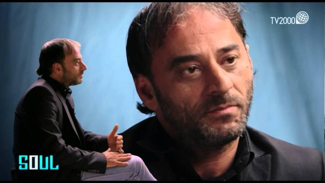"""Gli studenti dell'IISS """"S. Cosmai"""" incontrano Salvatore Striano"""