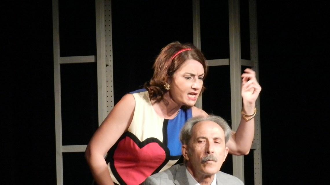 """""""La signora e il funzionario"""": commedia di costume tra cinismo e umorismo"""