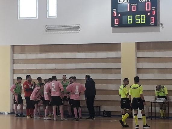 Il Fùtbol Cinco cede nel secondo tempo sul campo del Futsal Brindisi