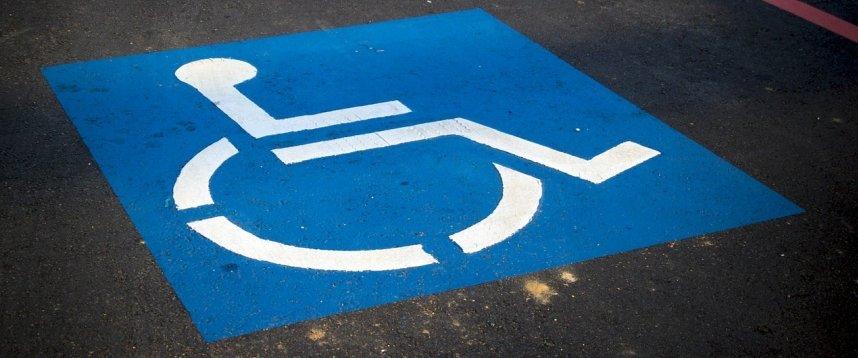 A Bisceglie 19 nuovi parcheggi personalizzati per sosta disabili