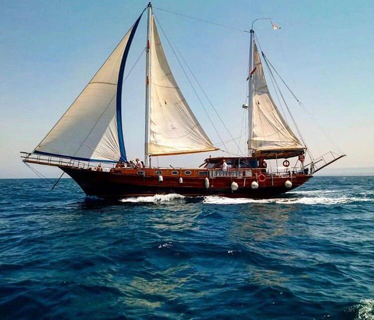 """L'imbarcazione storica """"Yasemin Sultan"""" ormeggia a Bisceglie ed arricchisce il museo galleggiante"""