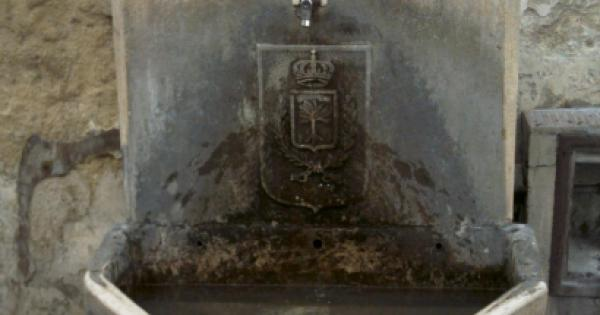 Fontanina in via Imbriani restaurata con un murales, domani l'inaugurazione