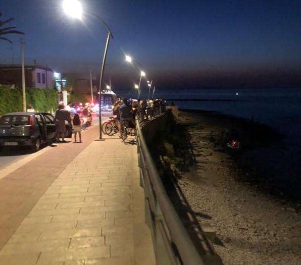 Arresto cardiaco in spiaggia, muore una signora
