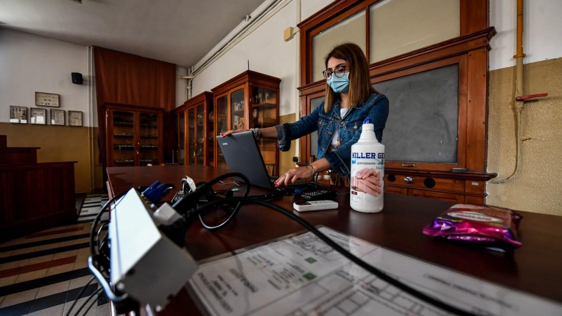 Galizia (M5S): alla scuola pugliese 26 milioni di euro per l'edilizia leggera anti-covid
