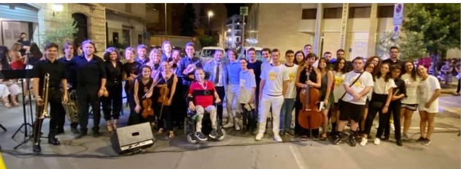 """Serata di beneficenza organizzata da """"Bisceglie illuminata"""", raccolti fondi per Donato"""