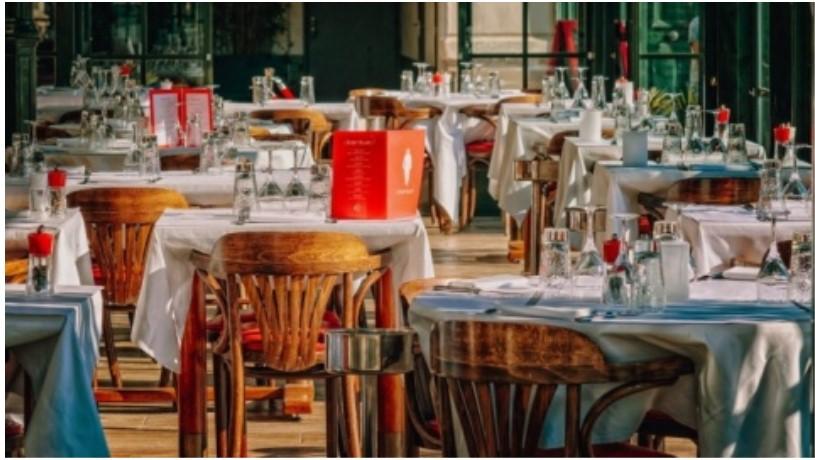 I ristoratori ad Emiliano: prescrizioni meno rigide, non abbiamo molti contagi in Puglia