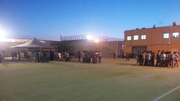 Migranti, Fitto: «Al Cara di Bari 400 arrivi, centro Restinco allo stremo, pazzesco»