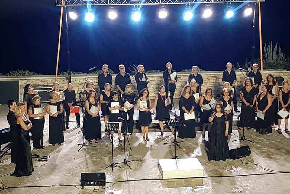 La seconda edizione del Festival MACboat si conclude con l'esibizione del New Chorus