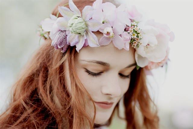 couronne-fleurs-fraiches-petrichor-paris