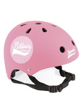 różowy kask rowerowy