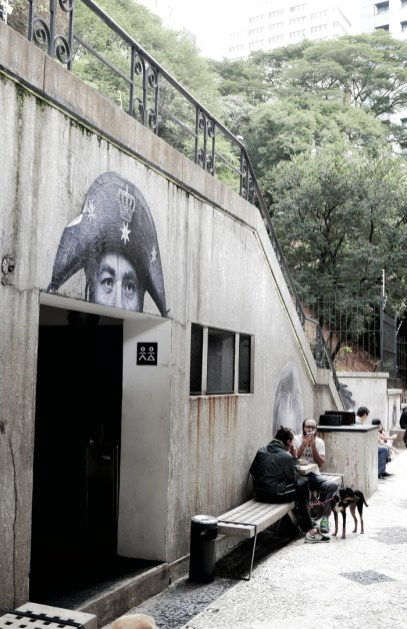 52 Sao Paulo histerska knajpa