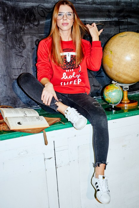 sweatshirt_mama_red_hollysheep