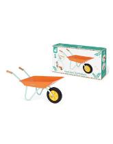 Zestaw narzędzi ogrodowych z pomarańczową taczką