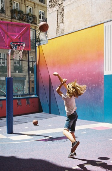 1502278945497-2017-06_Pigalle_Basketball-court_analog_foto-012