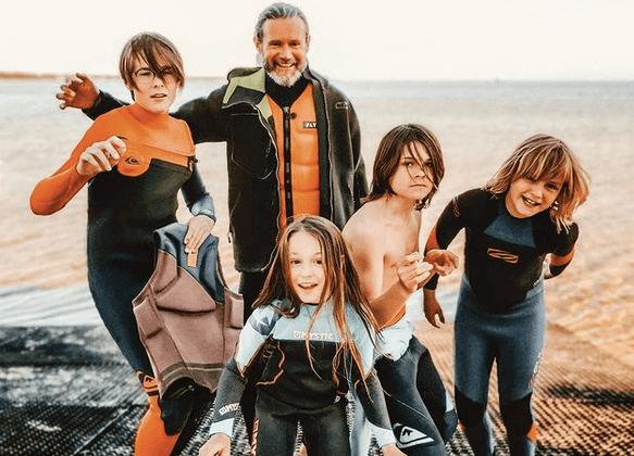 Kłótnie o patyk i łopatkę, czyli jak przetrwać wakacje z nie tylko swoimi dziećmi?