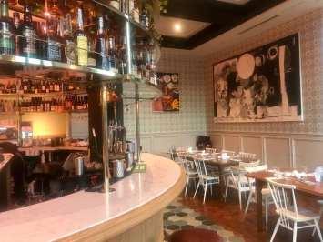 Cafe + bar (foto Andrea Miramontes/ Lado B Viagem