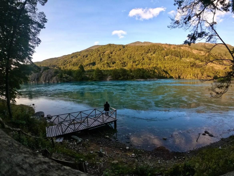 Trilha do rio Baker leva a mirante feito pelo lodge Parador Loberias - Andrea Miramontes / Lado B Viagem
