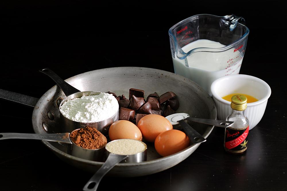 chocolate-banana-pancake-tower2